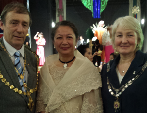 Merlyn with Mayor & Mayoress Councillor Dave Gordon
